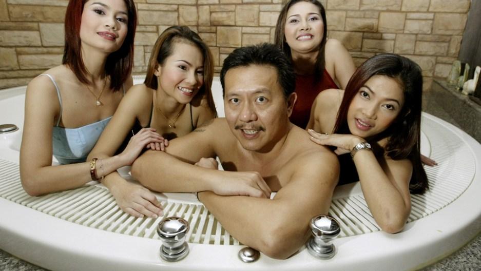 Thani massage udon body Nightlife &